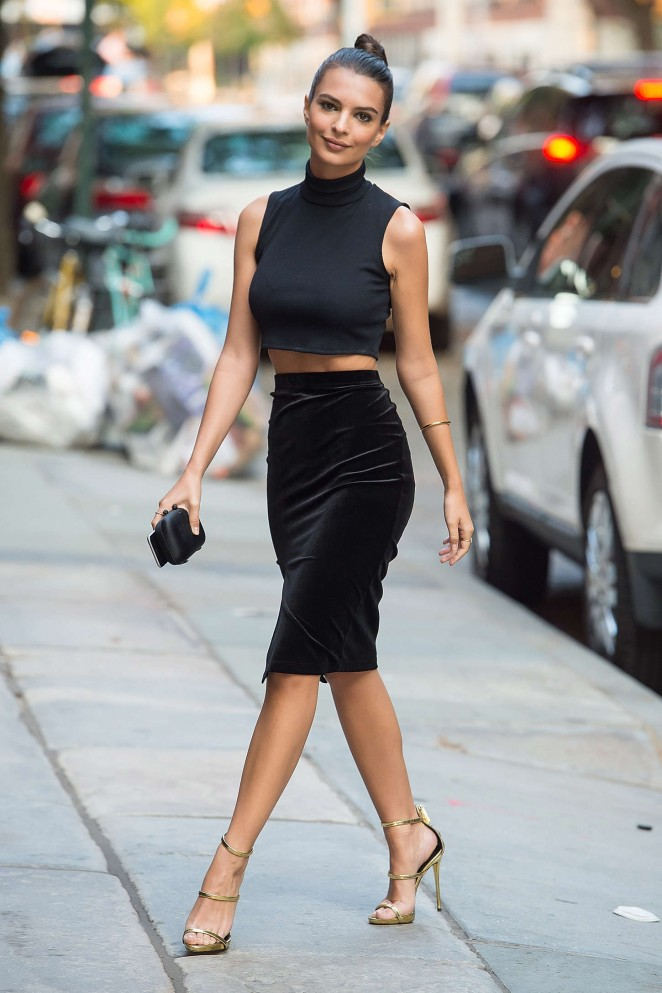 Emily Ratajkowski in Tight Skirt Out in NYC