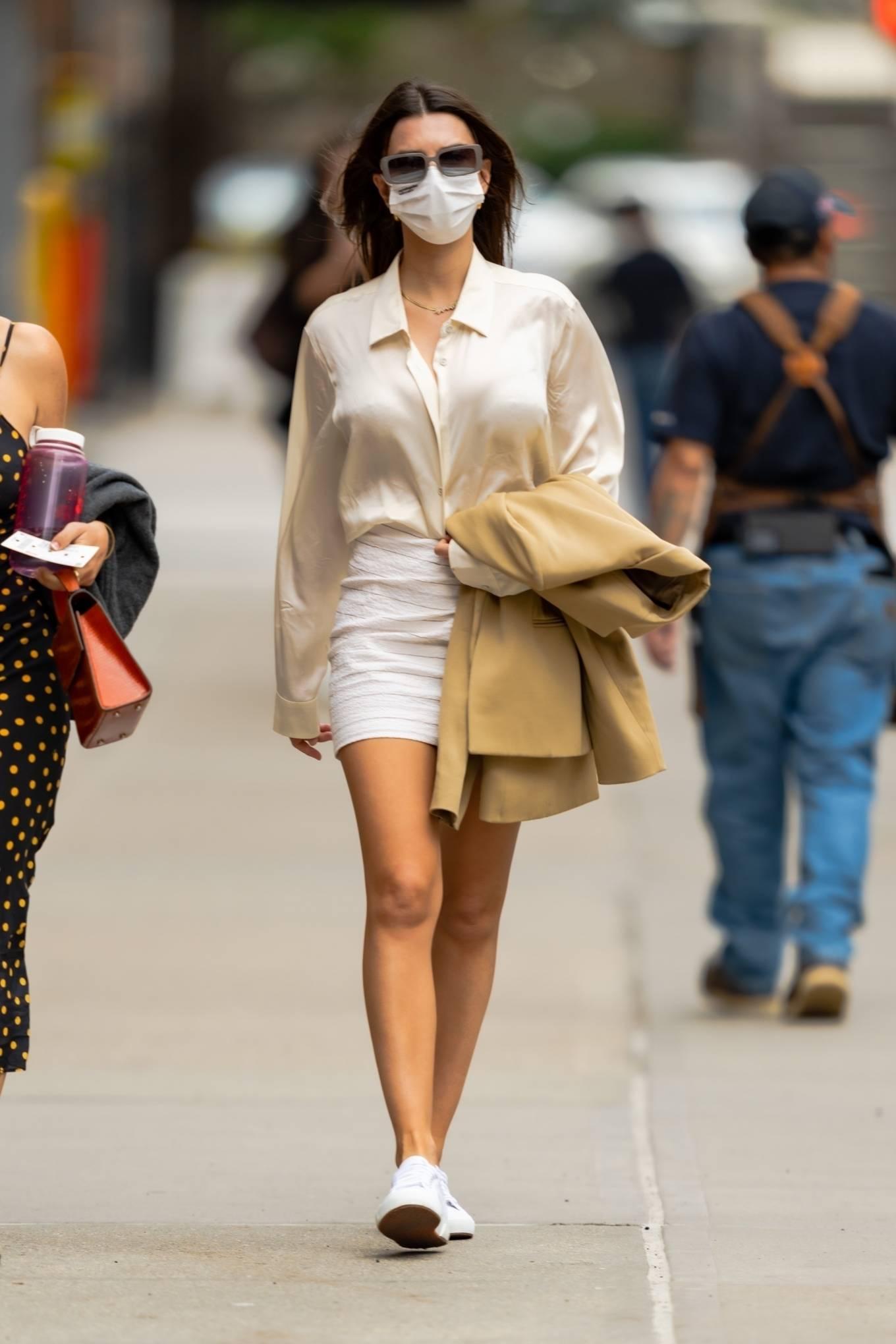 Emily Ratajkowski 2021 : Emily Ratajkowski – In white mini skirt out for a walk in New York-02