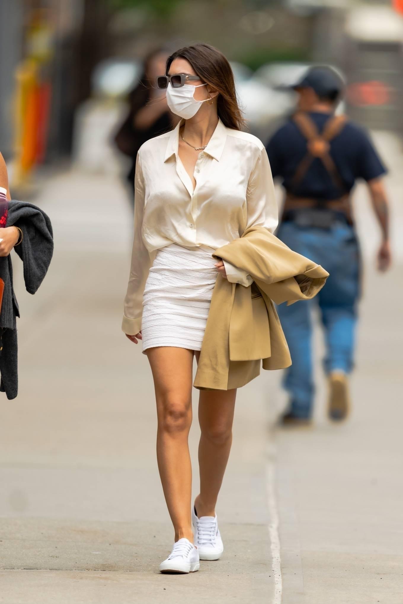 Emily Ratajkowski 2021 : Emily Ratajkowski – In white mini skirt out for a walk in New York-04