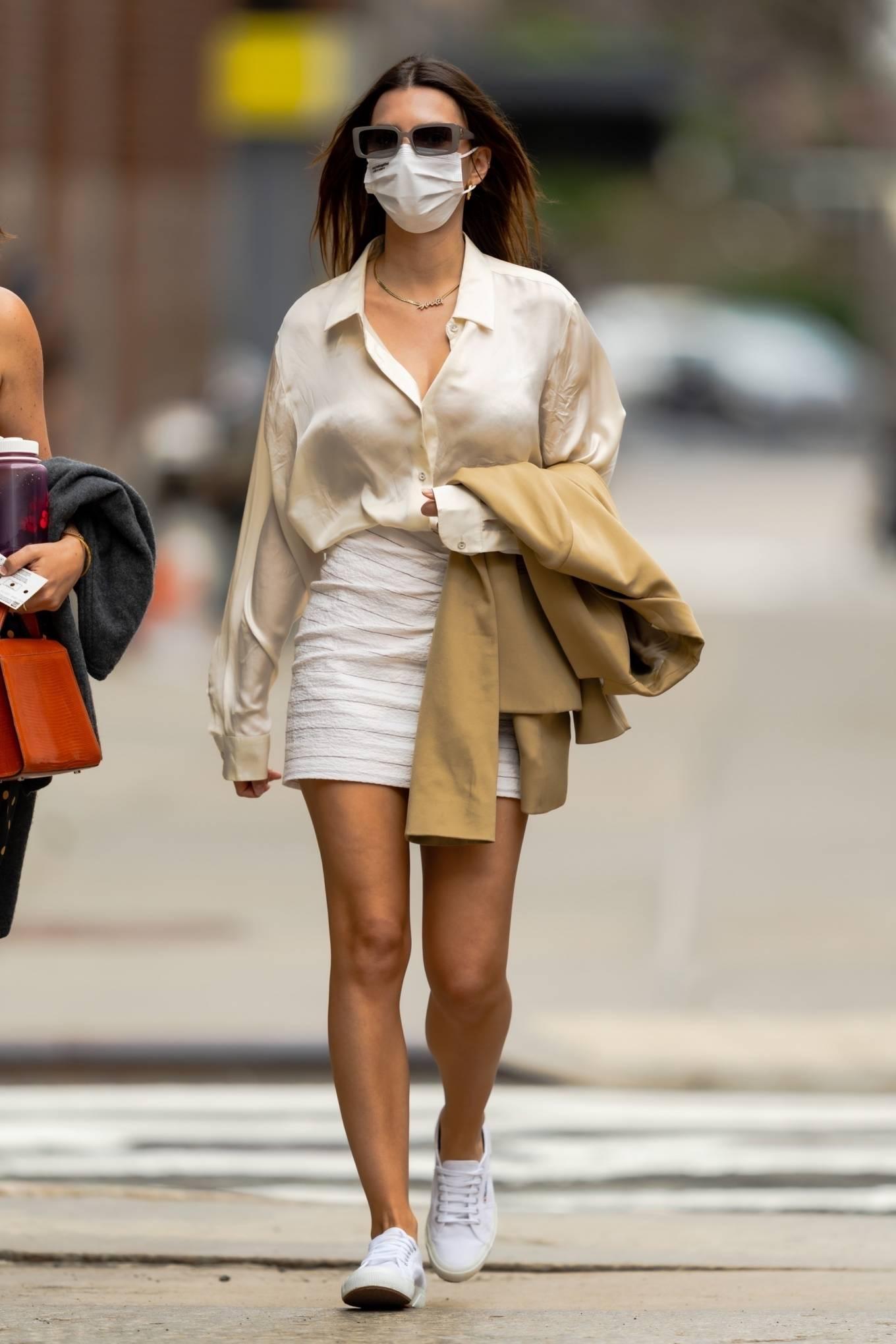 Emily Ratajkowski 2021 : Emily Ratajkowski – In white mini skirt out for a walk in New York-05