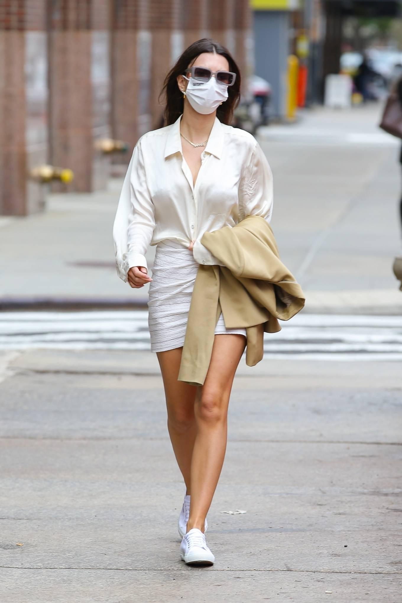 Emily Ratajkowski 2021 : Emily Ratajkowski – In white mini skirt out for a walk in New York-13