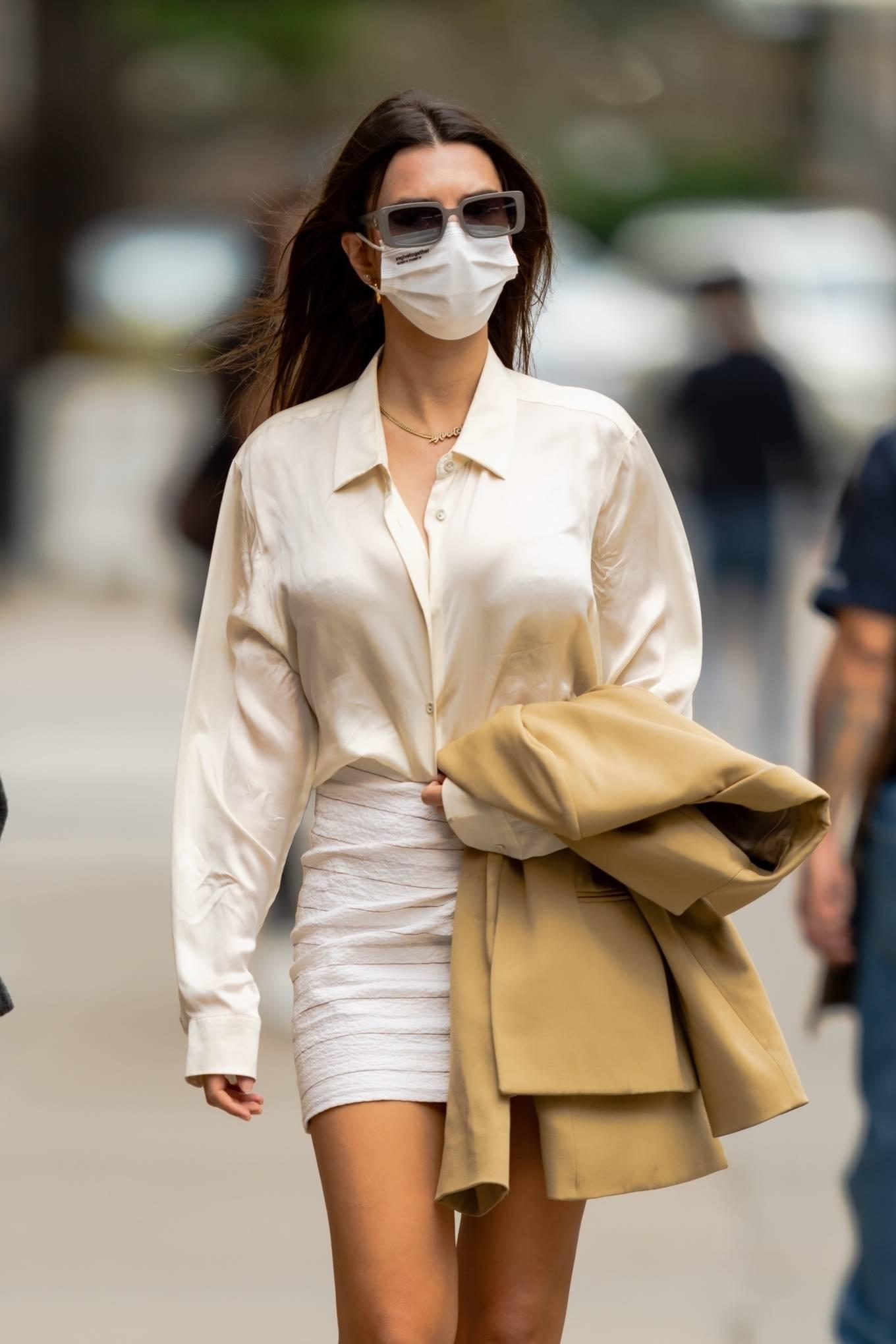 Emily Ratajkowski 2021 : Emily Ratajkowski – In white mini skirt out for a walk in New York-14