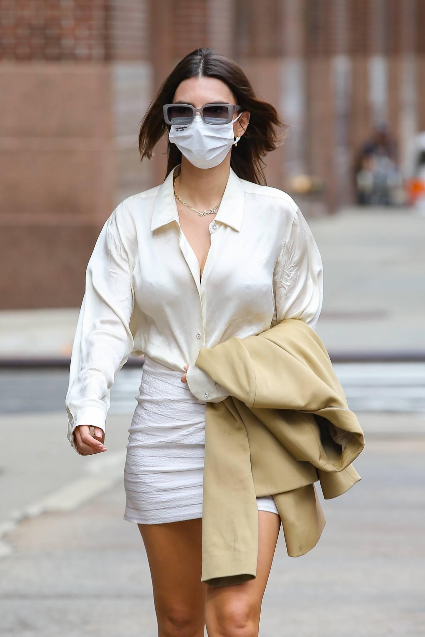 Emily Ratajkowski 2021 : Emily Ratajkowski – In white mini skirt out for a walk in New York-15