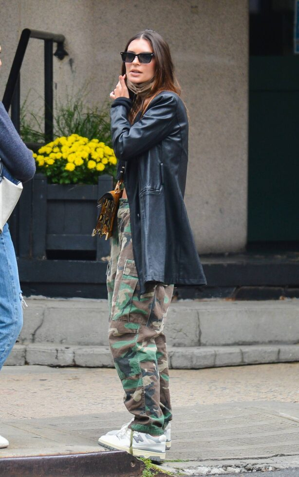 Emily Ratajkowski - Is pictured out in New York City