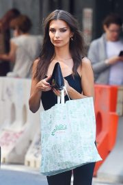 Emily Ratajkowski - Leaves Sadelle's Restaurant in NY