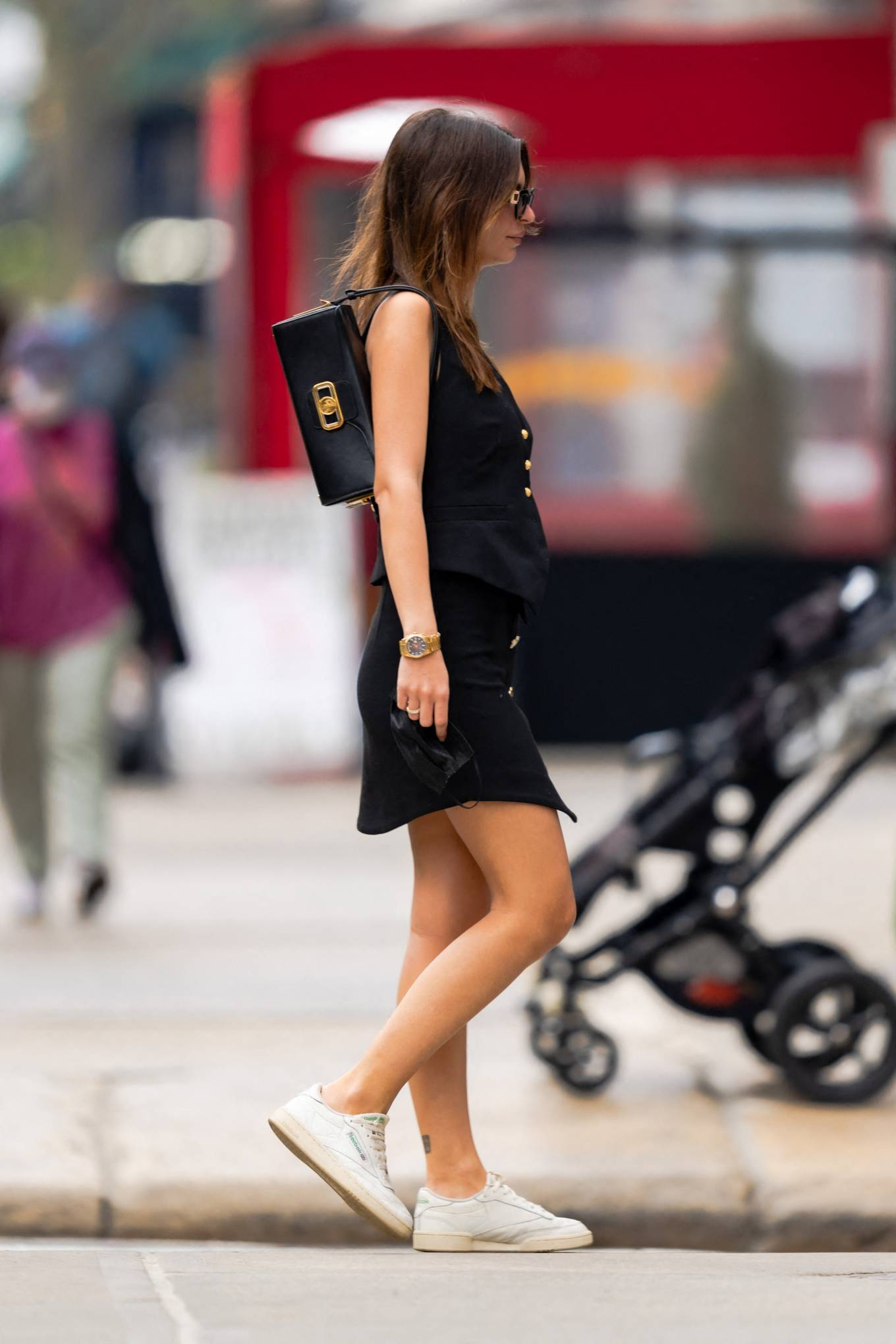 Emily Ratajkowski - Out and about of New York