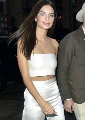 Emily Ratajkowski in Tank Top Out in New York