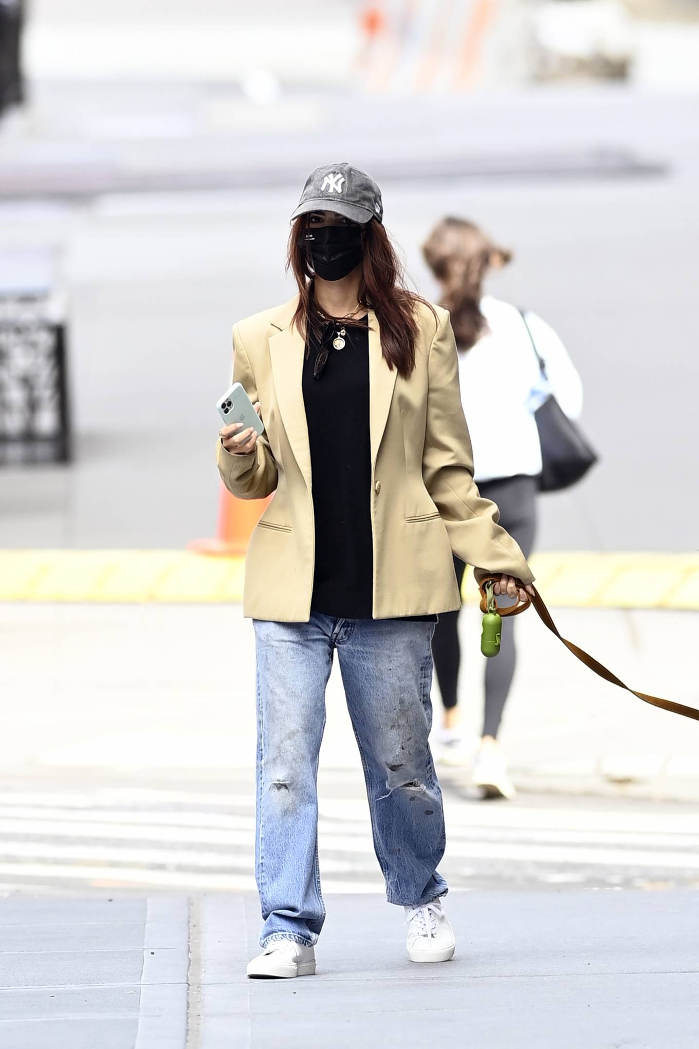 Emily Ratajkowski 2020 : Emily Ratajkowski – Out with her dog in New York-07