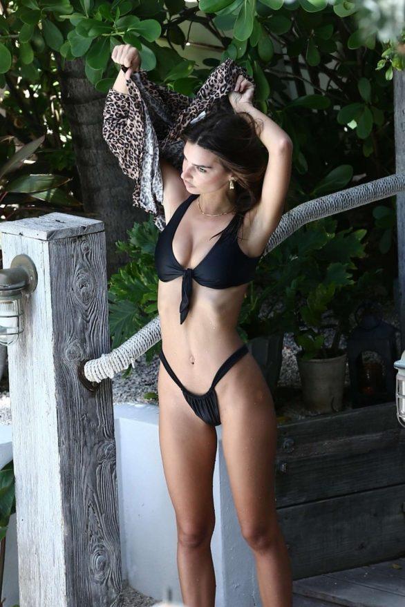 Emily Ratajkowski - poolside in Miami