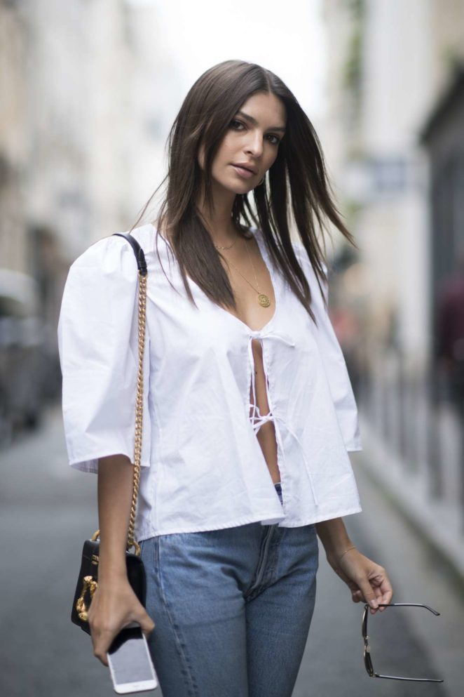 Emily Ratajkowski - Seen out and about in Paris