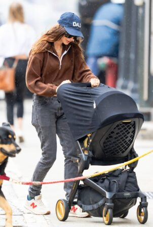 Emily Ratajkowski -Seen with her son and dog Colombo in New York City