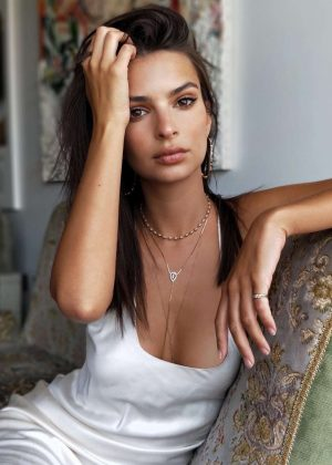 Emily Ratajkowski - Social Media Photos
