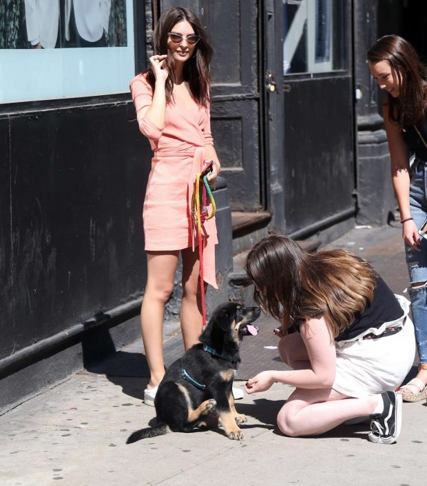 Emily Ratajkowski with her dog letting fans meet Colombo in NYC