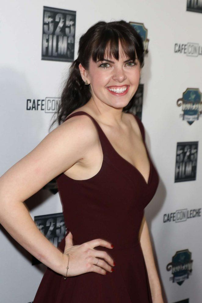 Emily Sandifer – 'Cafe Con Leche' Premiere in Los Angeles