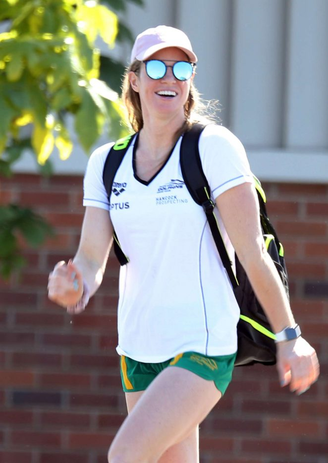 Emily Seebohm - Leave training in Cairns
