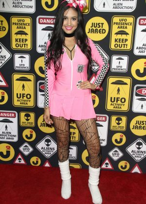 Emily Tosta - Just Jared Halloween Party 2016 in Los Angeles
