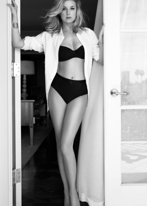 Emily VanCamp: Sharp Magazine 2016 -04