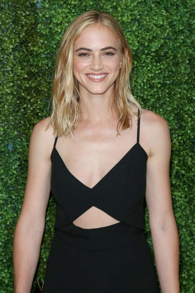 The 34-year old daughter of father John Wickersham and mother Amy Wickersham, 170 cm tall Emily Wickersham in 2018 photo