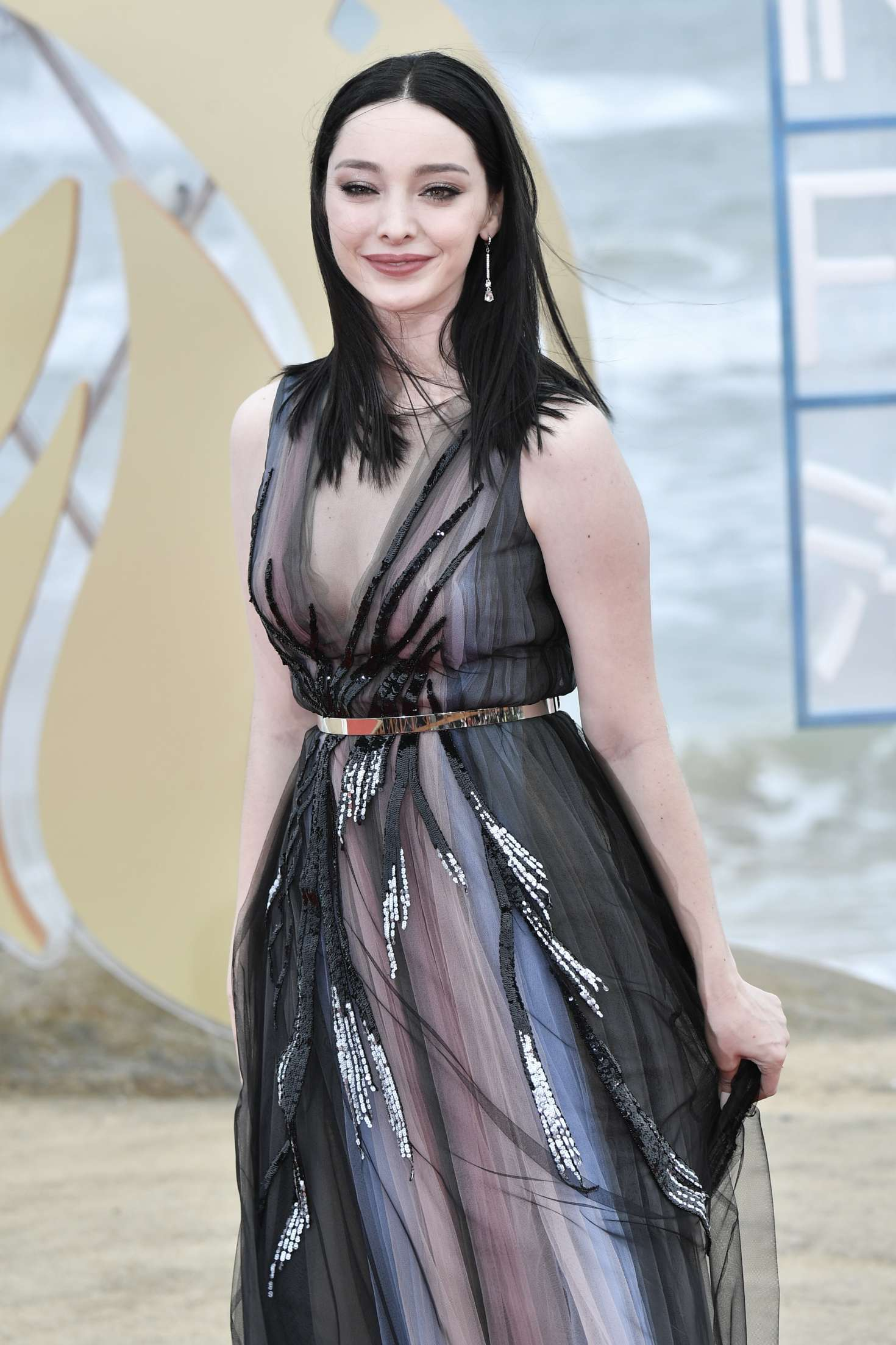 Emma Dumont - Hainan International Film Festival Closing Ceremony