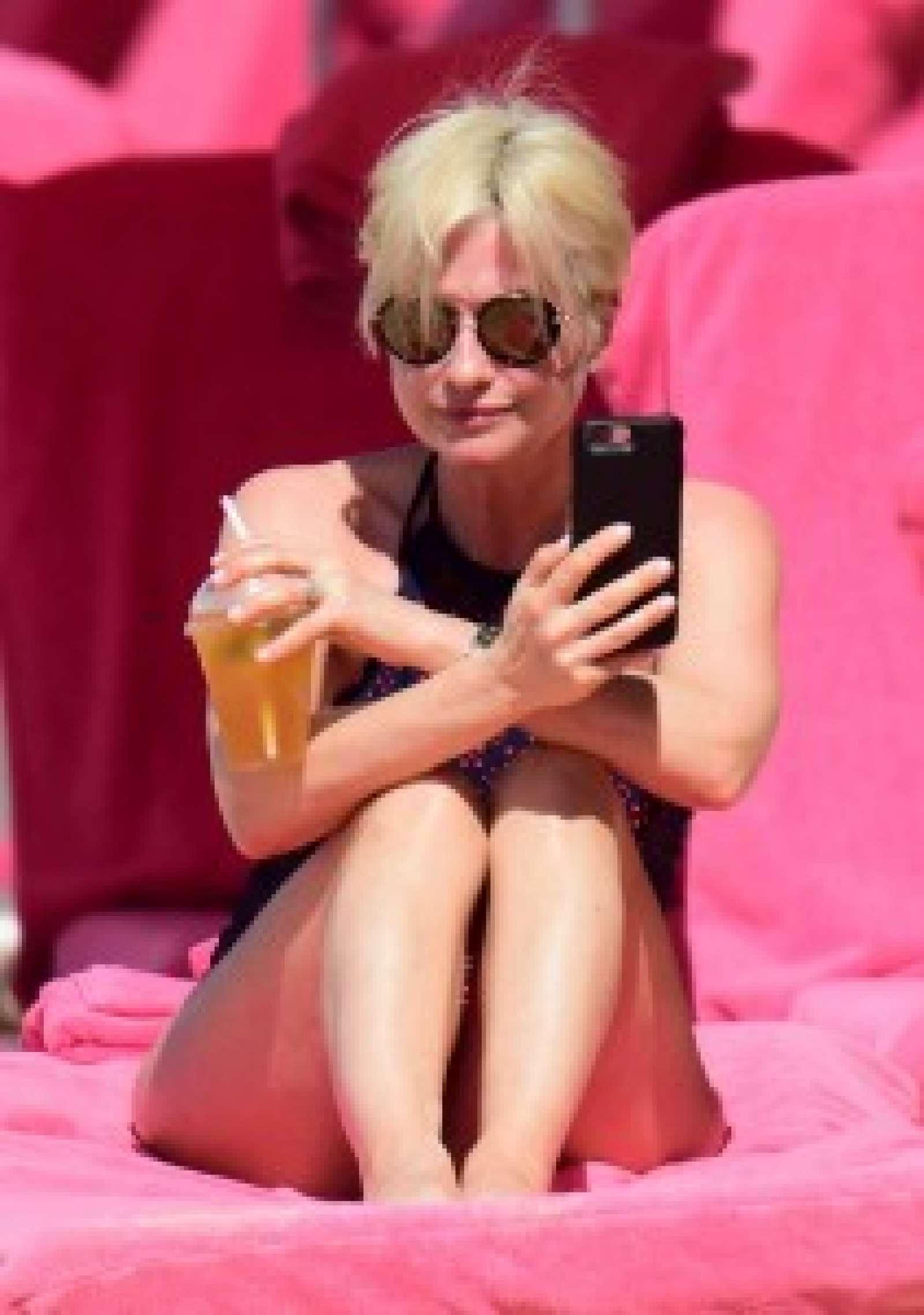 Selfie Emma Forbes nude (32 photo), Ass, Bikini, Twitter, underwear 2015