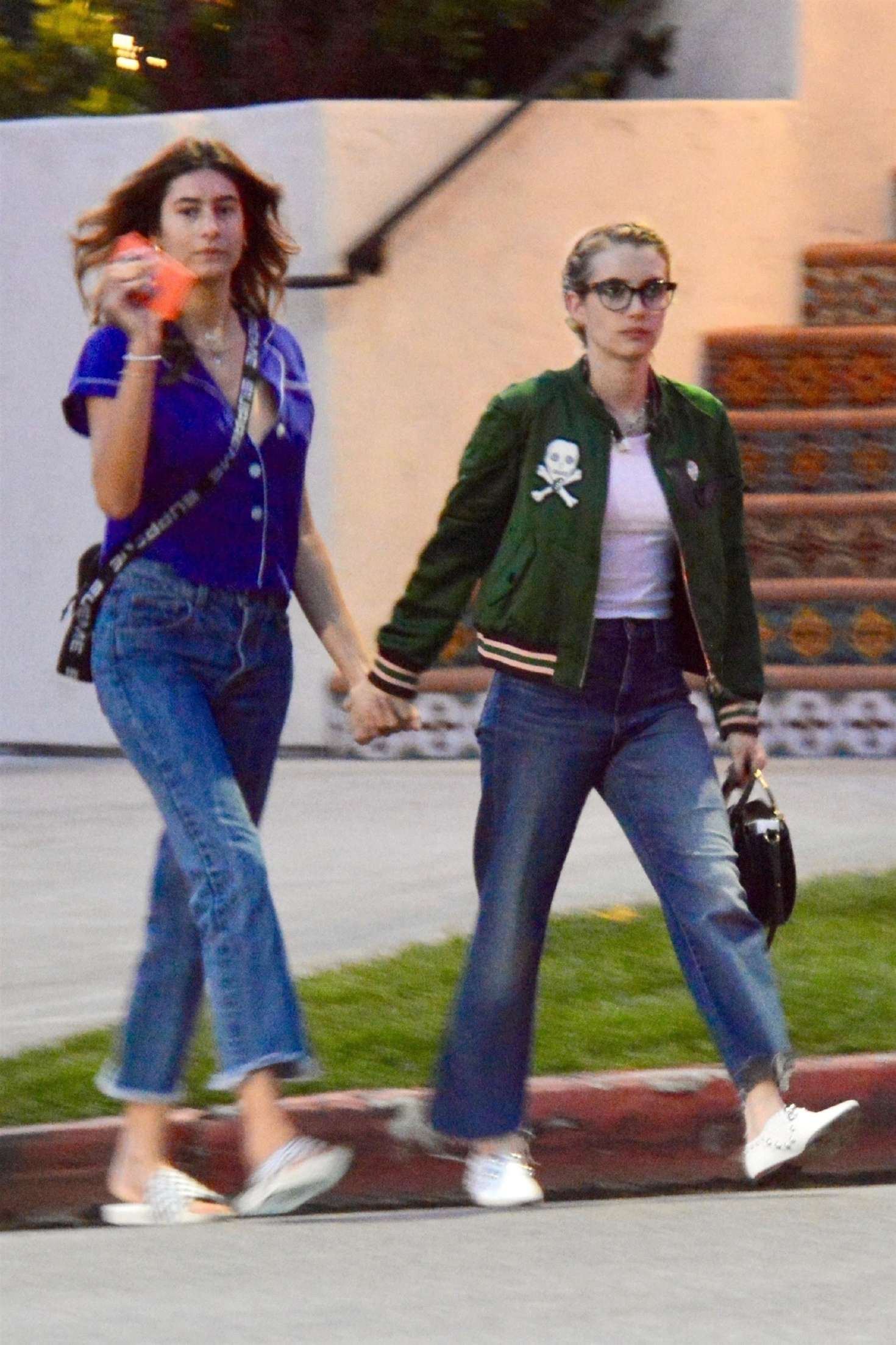 Emma Roberts And Her Sister Out In Los Angeles 06 Gotceleb