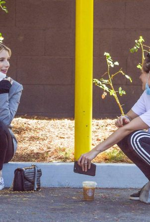 Emma Roberts and Kristen Stewart - Out in Los Angeles