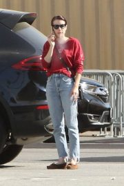 Emma Roberts - Arriving at a studio in Los Angeles