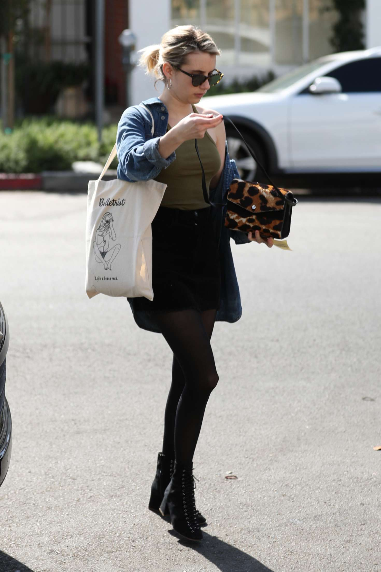 Emma roberts at 901 salon in west hollywood 13 gotceleb for 901 salon west hollywood