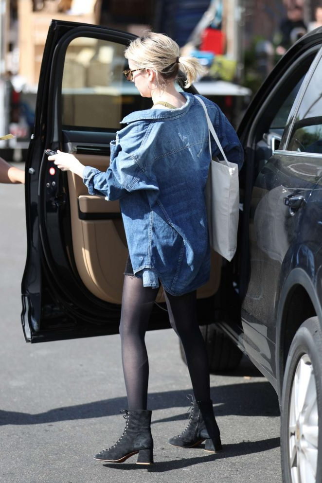 Emma roberts at 901 salon in west hollywood 17 gotceleb for 901 salon west hollywood