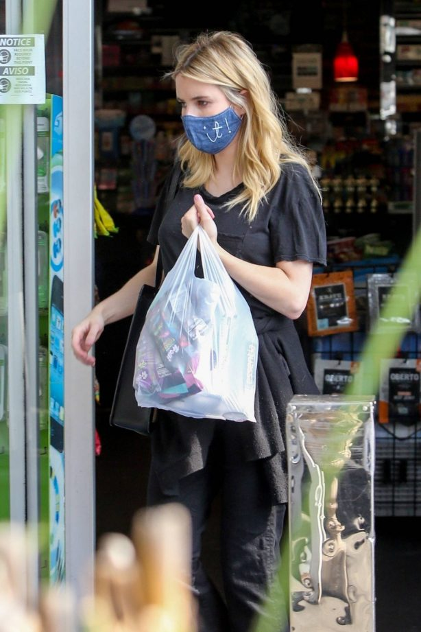 Emma Roberts - At a gas station in Los Feliz