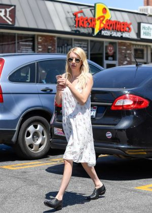 Emma Roberts at The Oaks Gourmet Market in Los Feliz