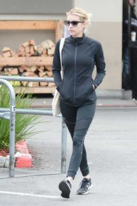 Emma Roberts - Buying supplies at a local supermarket in Los Feliz