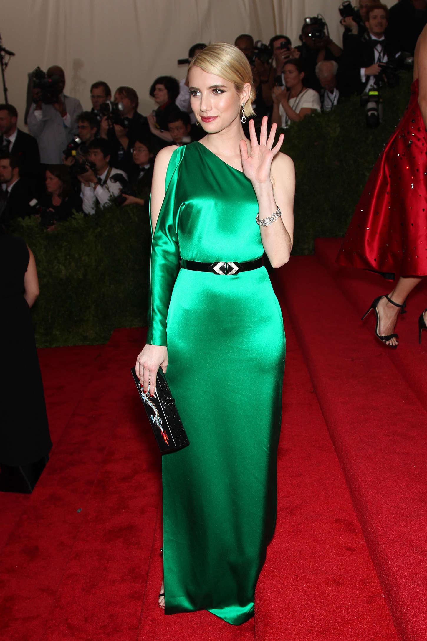 Emma Roberts Met Gala 2015 05 Gotceleb