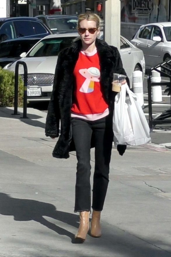Emma Roberts - Christmas Shopping with her mom in Los Angeles