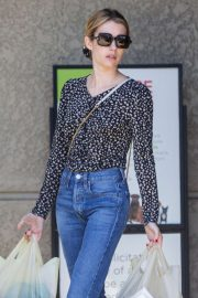 Emma Roberts - Grocery shopping at Gleson's Supermarket in Los Feliz