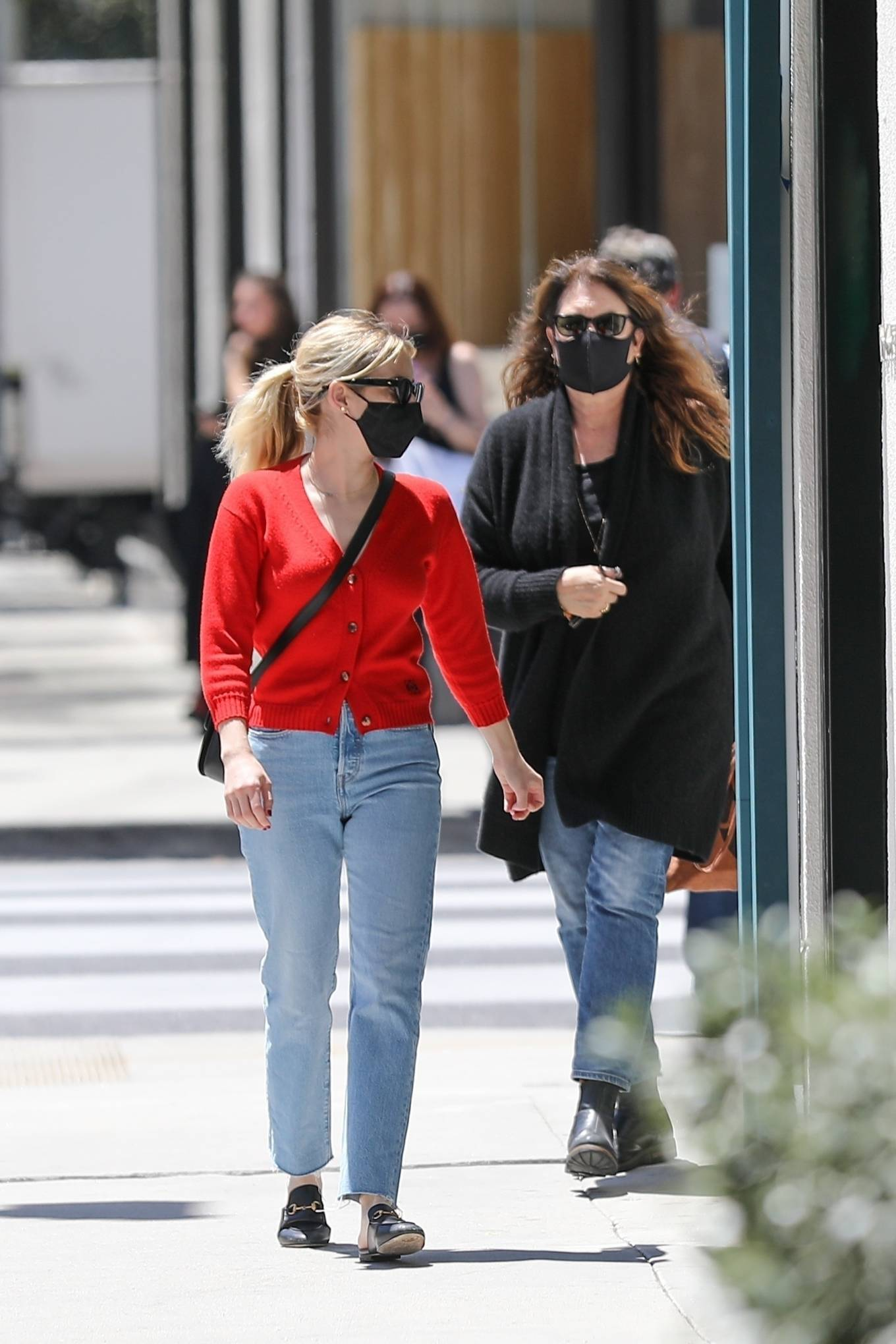 Emma Roberts 2021 : Emma Roberts – heads to Rodeo Dr. in Beverly Hills with her mother Kelly Cunningham-18