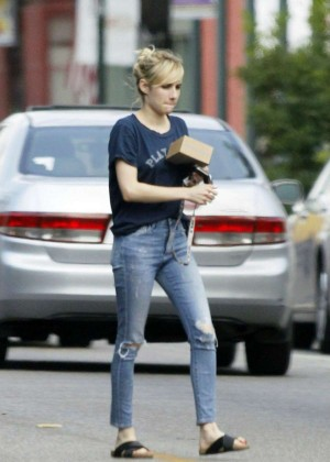 Emma Roberts in Ripped Jeans Out in New Orleans