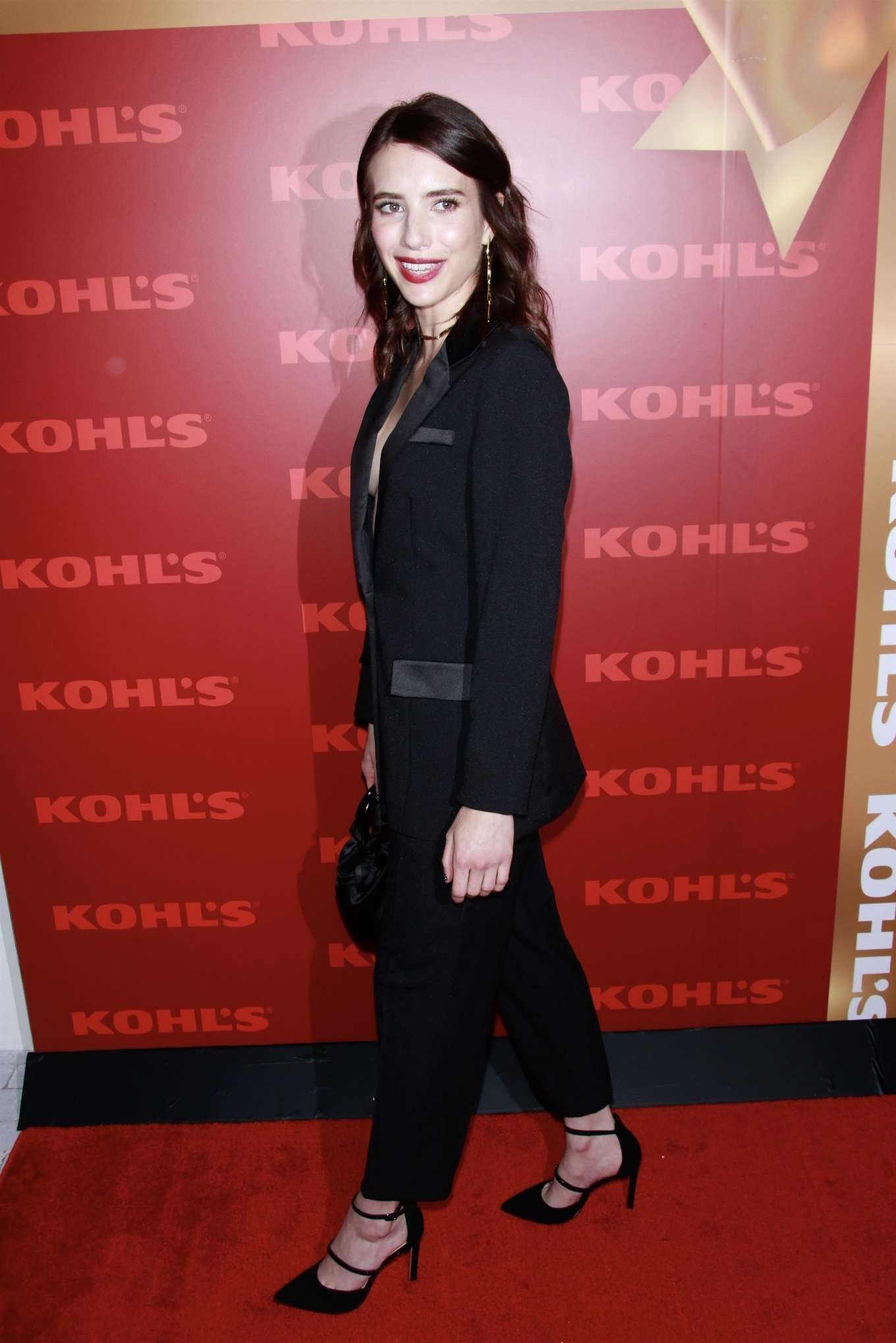 Emma Roberts 2019 : Emma Roberts – Kohl's New Gifts at Every Turn Holiday Shopping Event-03