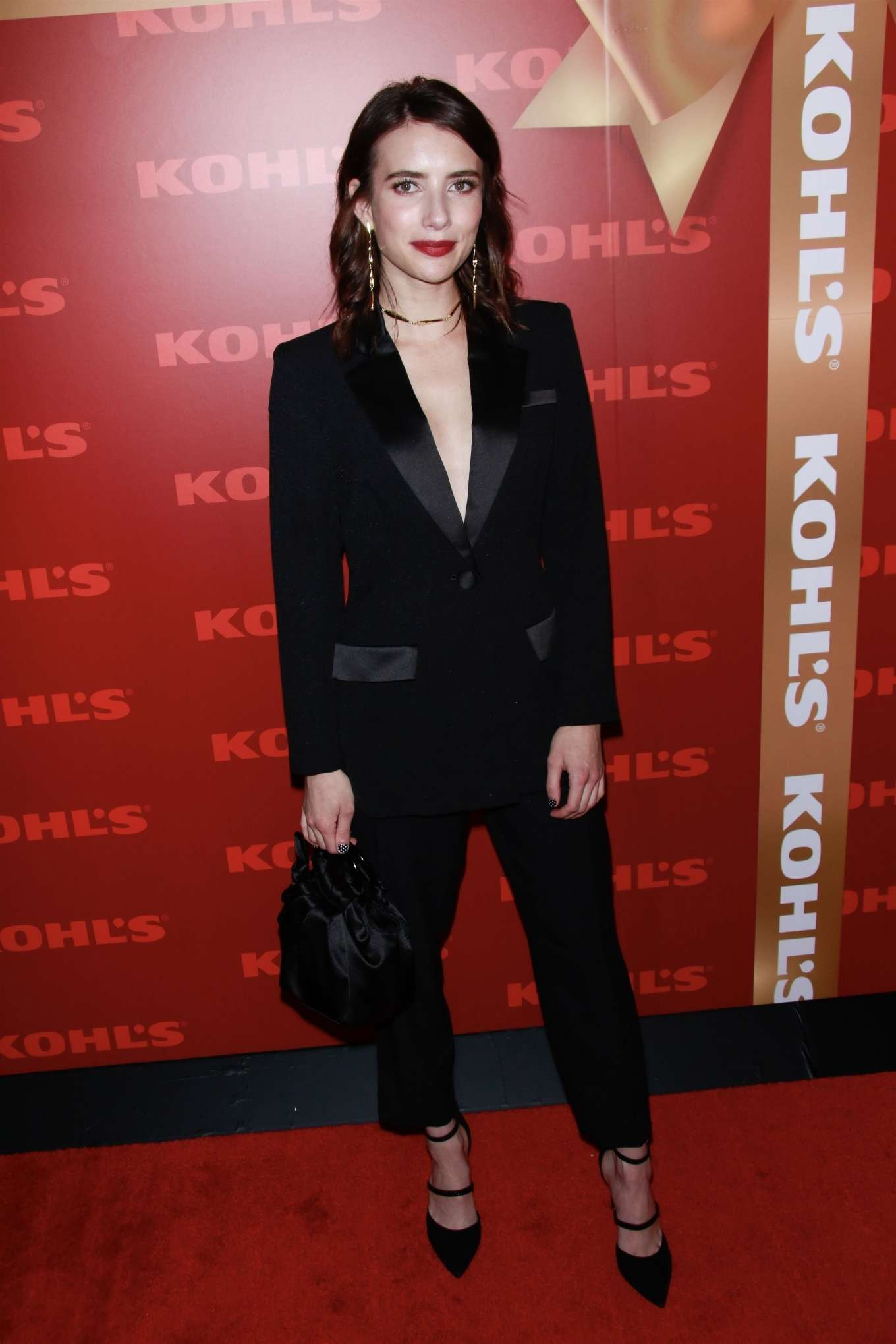 Emma Roberts 2019 : Emma Roberts – Kohl's New Gifts at Every Turn Holiday Shopping Event-04