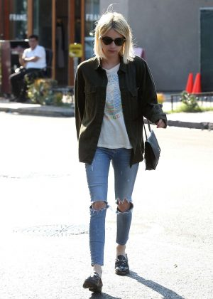 Emma Roberts - Leaves 901 Salon in West Hollywood