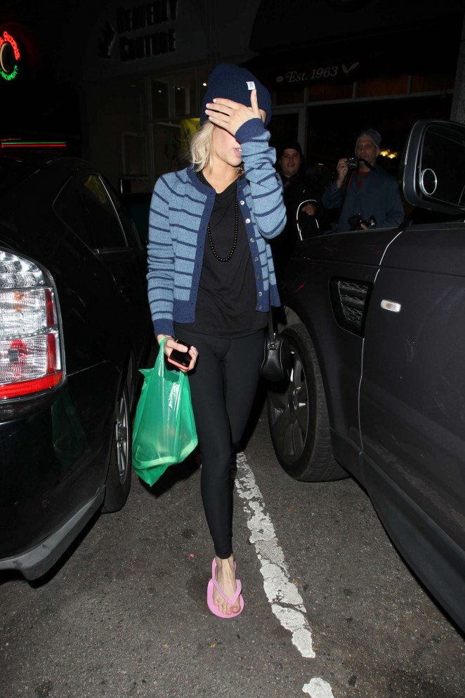 Emma Roberts - Leaving Bellacures Nail Salon in LA