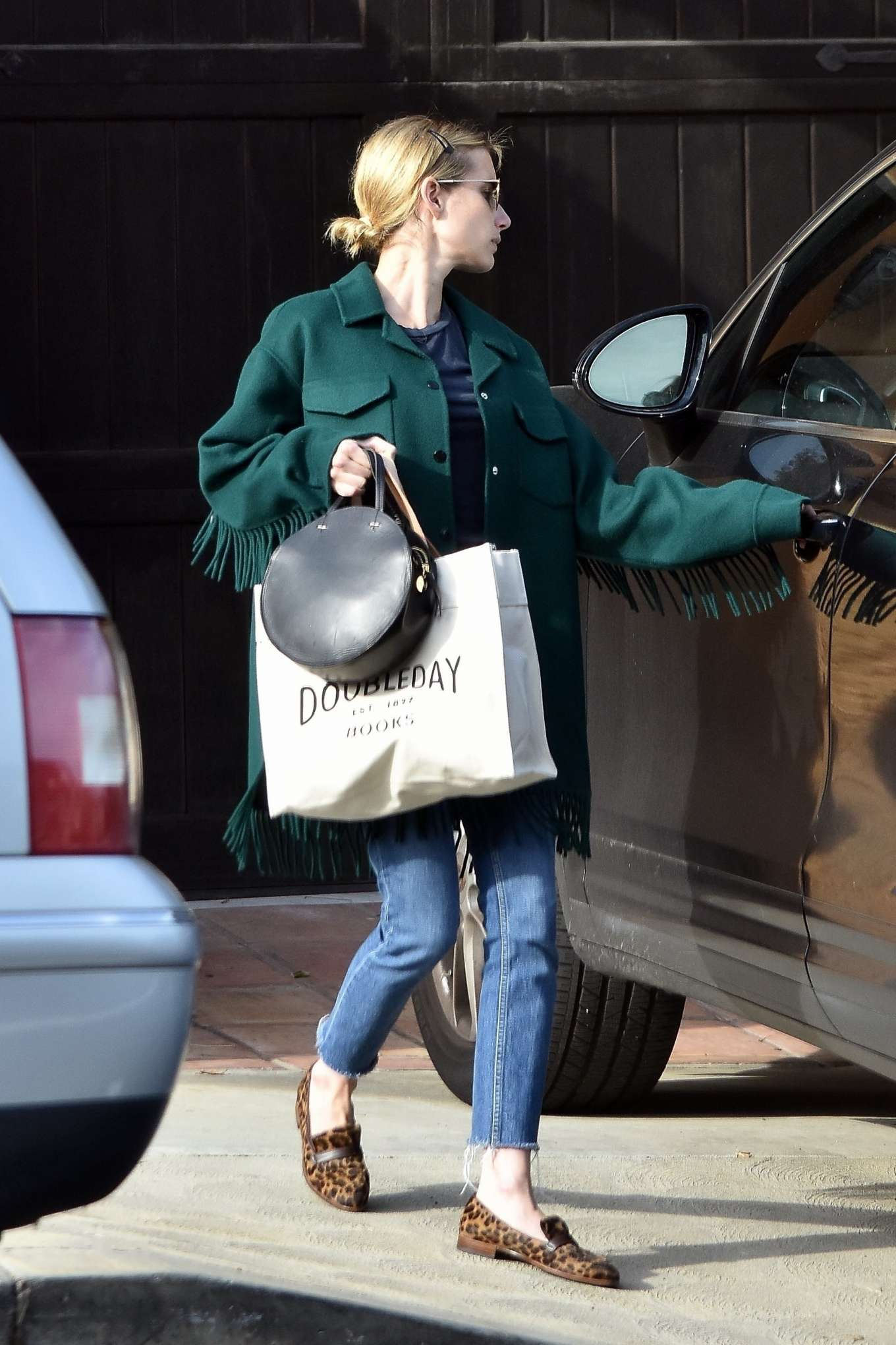 Emma Roberts Leaving Her Boyfriends House In Los Feliz 13 Gotceleb