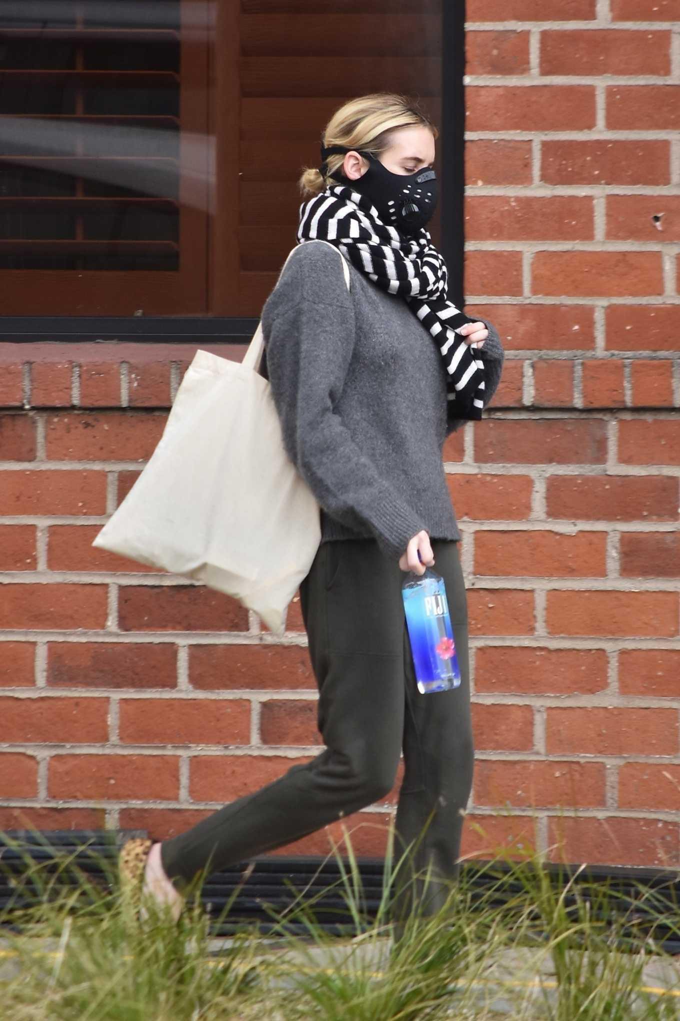 Emma Roberts 2020 : Emma Roberts makes a trip to a Medical Center-04