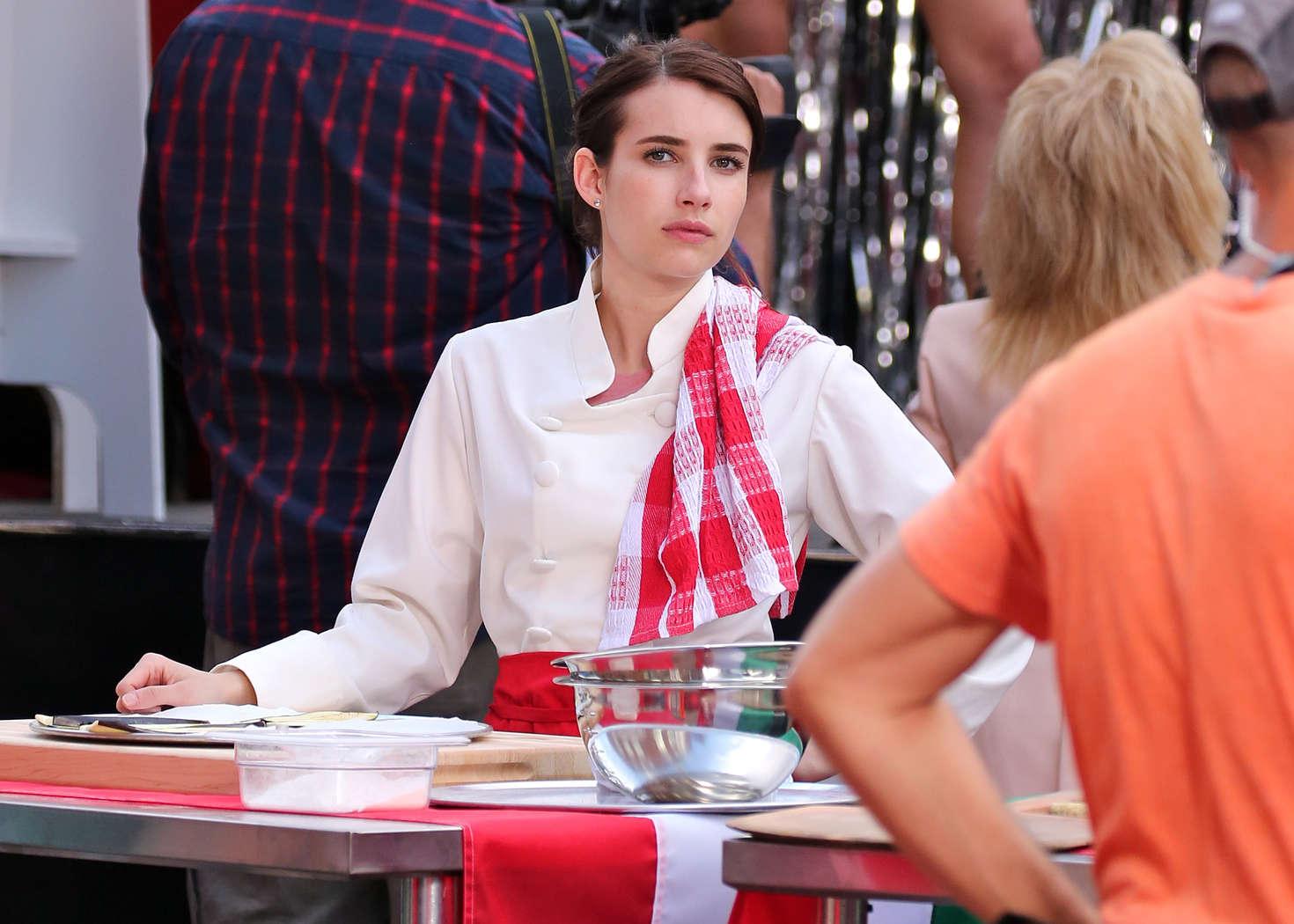 Emma Roberts 2017 : Emma Roberts on the set of Little Italy -04