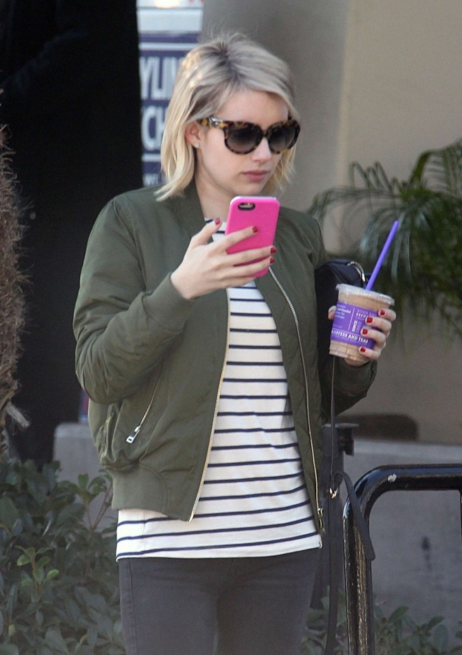 Emma Roberts in Tight Jeans out in Hollywood