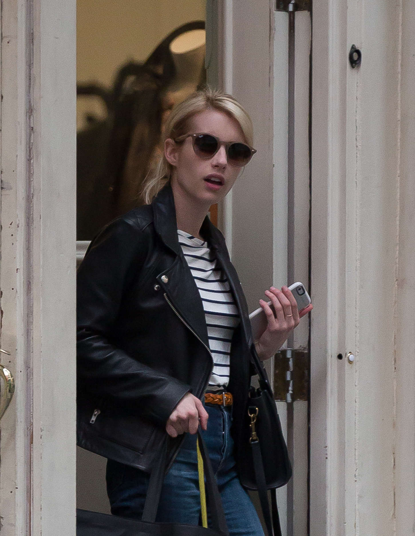 Emma Roberts 2015 : Emma Roberts in Jeans -16