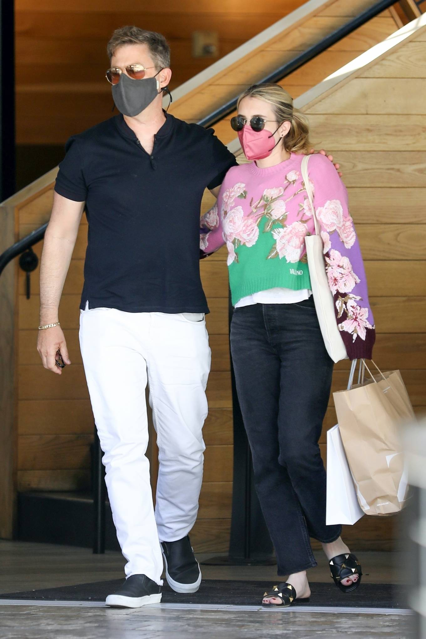Emma Roberts 2021 : Emma Roberts – Out for a lunch at La Piazza restaurantin Los Angeles-03