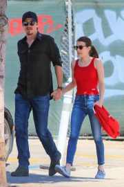 Emma Roberts - Out holding hands with her boyfriend in Hollywood