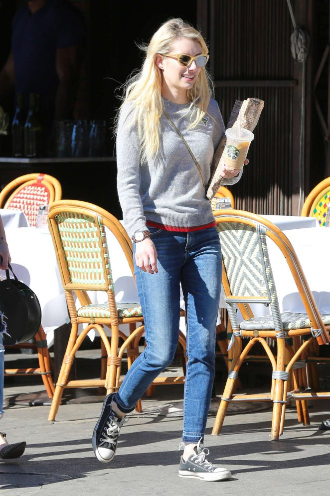 Emma Roberts: Picks up Some Reading Material -18