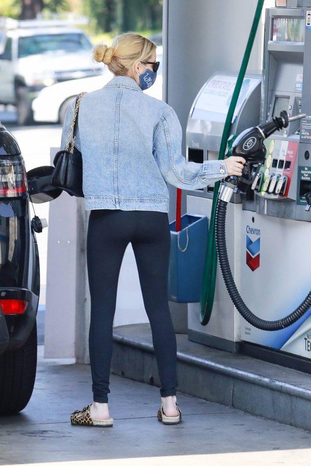 Emma Roberts - Pumping gas in Los Feliz